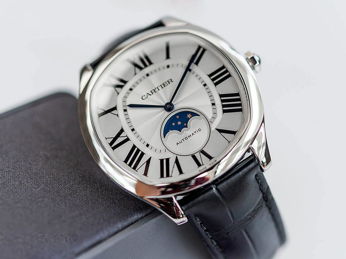Astronomical Splendour: Moon Phase Watches And How They Work